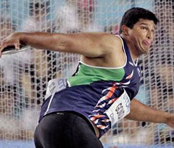 London Olympics: Gowda determined to do well despite money crunch
