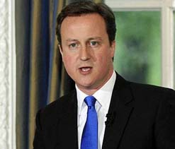Olympics: Cameron to travel by public transport