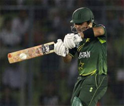 Kamran Akmal included in World T20 squad after clearance on match fixing charges