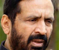 Decision on Suresh Kalmadi's London visit today