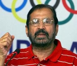 Crook like Suresh Kalmadi should be barred from Olympics: Milkha Singh