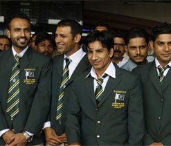 Pak wants contingent to wear traditional dress at Oly opening