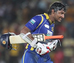 Sangakkara out of the series after sustaining finger injury