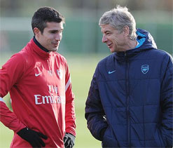 Arsenal have received no offers for Robin van Persie: Wenger