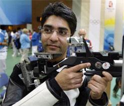 London Olympics 2012: Bindra, Narang take aim at medal on Monday