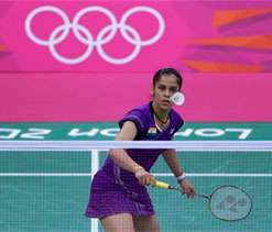 London Olympics: Saina Nehwal kicks off campaign with easy win