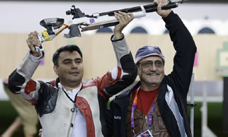 London OLympics 2012: PM congratulates Gagan Narang