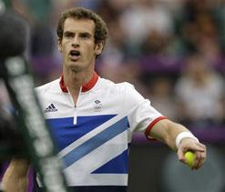 Olympics 2012: Murray spots 'leak' in £100m Wimbledon Center Court roof
