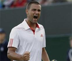 Youzhny slams Federer critics