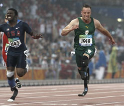 Double amputee Pistorius set to run at Olympics