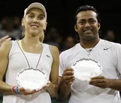 Paes-Vesnina end runners-up at Wimbledon