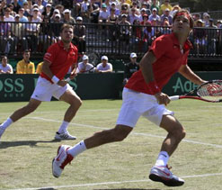 London Olympics Tennis: Federer-Wawrinka knocked out