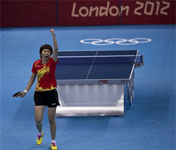 Chinese Li takes TT gold in controversial final