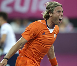 London Olympics hockey: Netherlands hammer Britain 9-2; set to play final with Germany