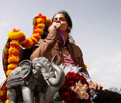 I want more Indians to challenge China: Saina