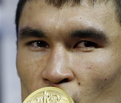 Olympics 2012 boxing: Kazakhstan`s Sapiyev wins welterweight gold