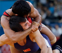 London Olympics 2012 Wrestling: Sushil defeats Beijing gold medallist, moves to quarterfinal