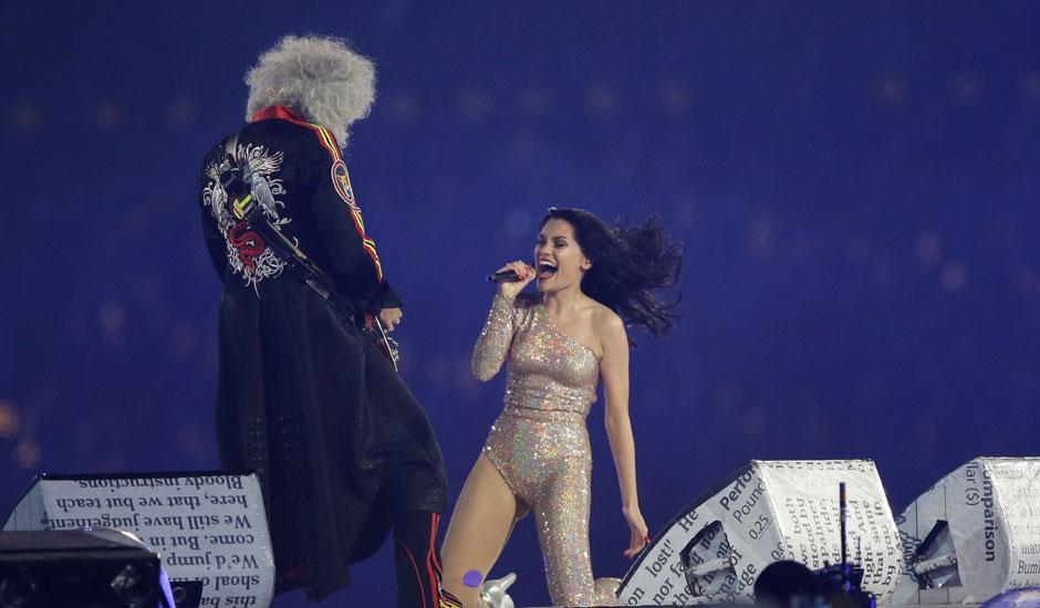 13 940 - Closing Ceremony of Olympics 2012 Worth Seeing