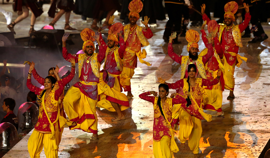 bhanga 2 - Closing Ceremony of Olympics 2012 Worth Seeing