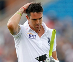 Kevin Pietersen in last-ditch efforts to safeguard England career
