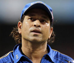 Tendulkar wishes countrymen; reminisces about his 1st century