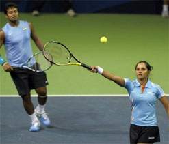 London Olympics Tennis: Paes/Sania advance to the quarter-finals