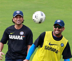 Indian cricketers prepare for 1st Test with strenuous net session
