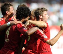 Bundesliga 2012: Bayern triumph in Bavarian derby