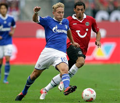 Bundesliga 2012: Schalke and Hannover tie match 2-2