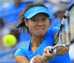 Li Na, Stosur ease into US Open second round