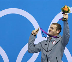 Olympic swimming: Clary shocks Lochte for 200m backstroke gold