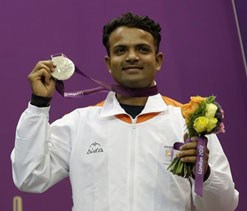 London Olympics 2012: He promised me a medal says Vijay`s father