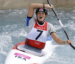 Olympics 2012 canoe slalom: France`s Fer paddles to kayak gold