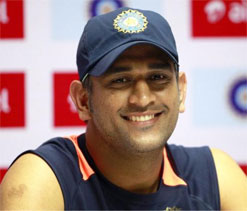 Dhoni, Ranbir to star in commercial together