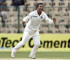 Six wickets on unhelpful pitch is good show: Ojha