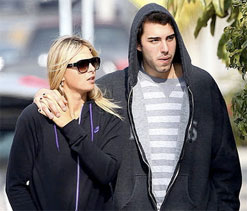 Reports on Istanbul wedding false: Sharapova