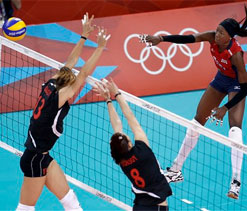 London Olympics Volleyball: US women stay undefeated