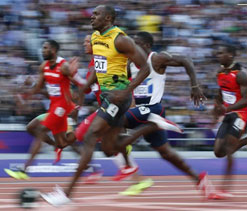 2012 Olympics: 'Sprint star' Bolt reiterates desire to play for 'much loved' Man U
