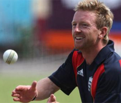 Collingwood concerned England team harmony might get affected with KP's presence