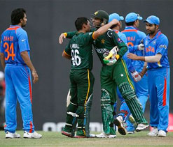 ICC T20 World Cup warm-up: Kamran`s blitzkrieg blows India away