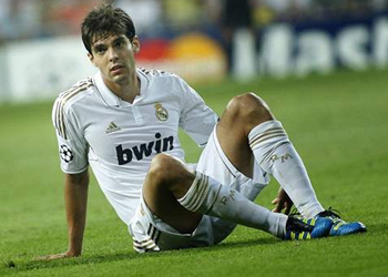Kaka would not have been treated like this at Barcelona: Dani Alves