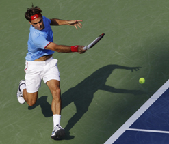 US Open 2012: Roger Federer defeats Verdasco to enter 4th round