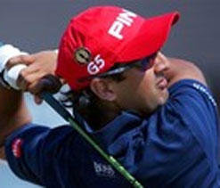 Kapur rallies on back to stay in contention in Japan