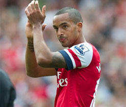 Theo Walcott must sign new Arsenal deal or risk being sold: Arsene Wenger