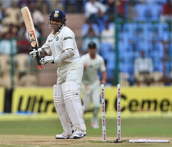 Is 'struggling' Tendulkar blocking way for youngsters?