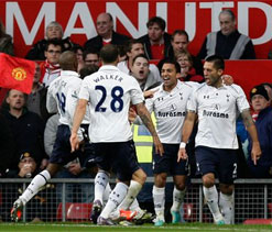 EPL 2012: Manchester United lose at Old Trafford to Tottenham
