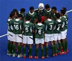 Pak hockey coach blames senior players for Olympic debacle