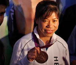 PM honours Mary Kom, Yogeshwar Dutt
