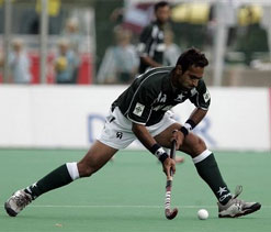 Sohail among 14 Pak stars to sign up for Hockey India League