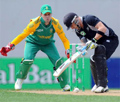 De Villiers feeling confident in wicket keeping role for South Africa